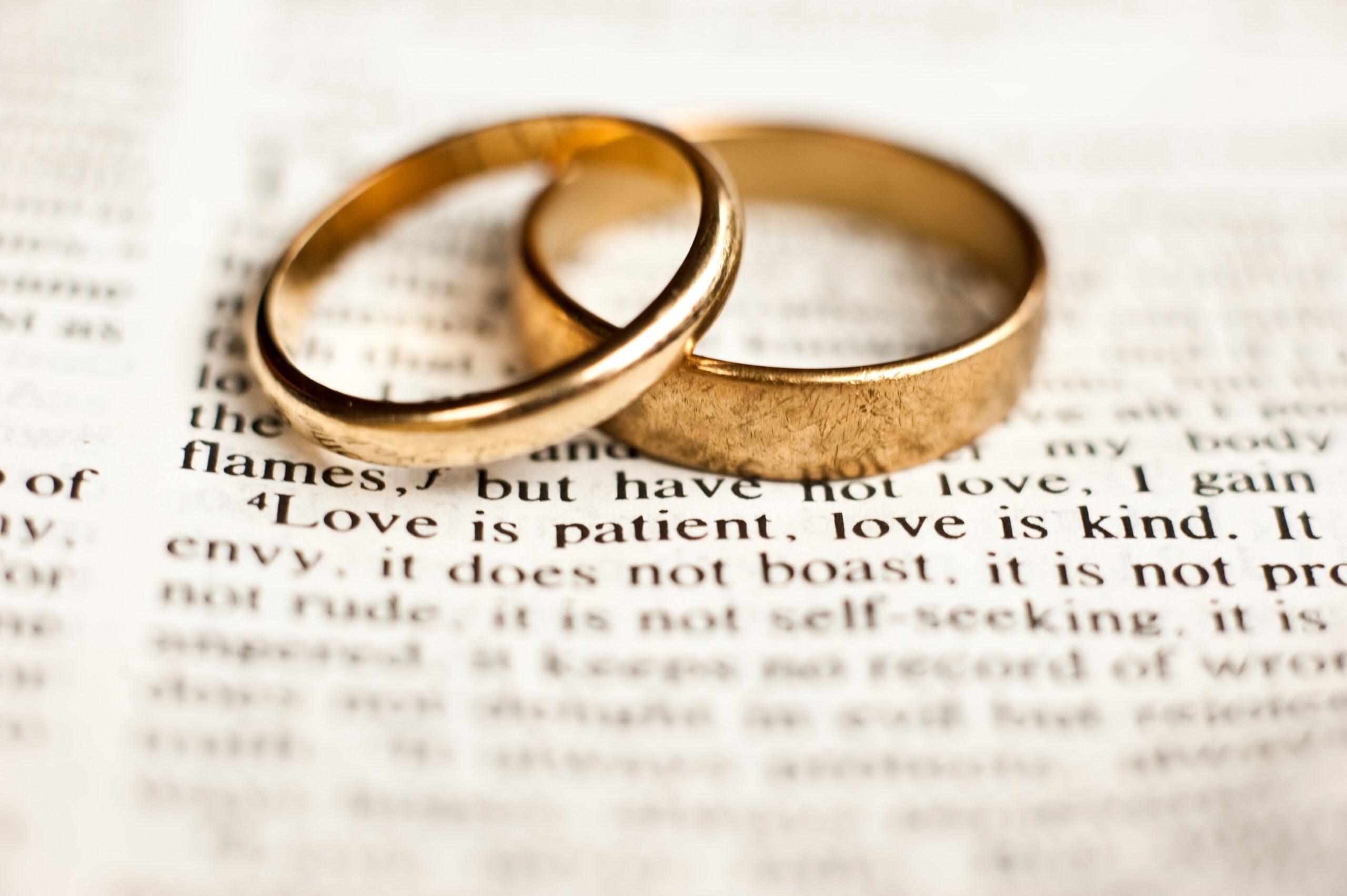marital discrim rings